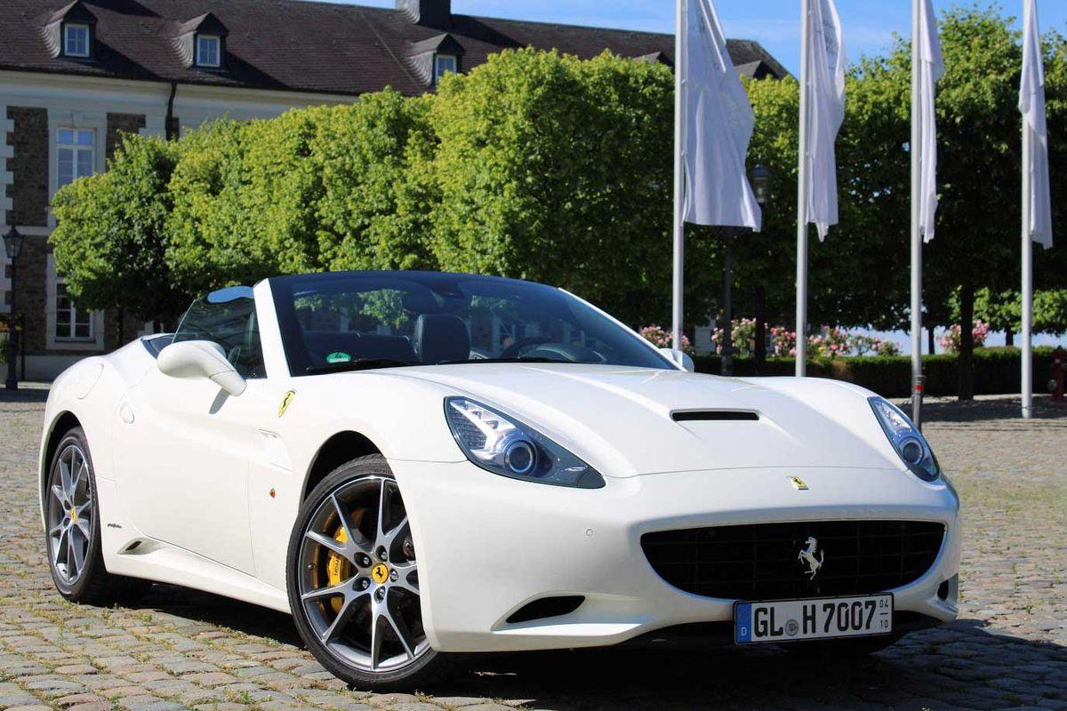 Ferrari California 30 Selber Fahren Zwei Stunden Fun4you